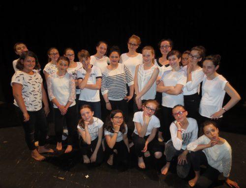 Spectacle théâtre et chorale à Victor Hugo